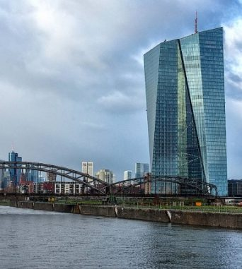 FAZ: Aufruf von 154 Wirtschaftsprofessoren zur Währungs- und Bankenunion